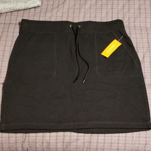 Joe Fresh Black Jersey Skirt Size Medium